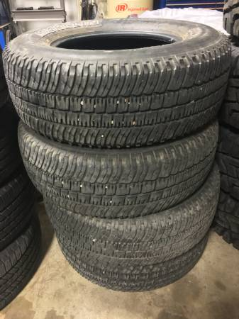 (FOUR) 265/70/17 Michelin LTX A/T 2 tires w/ over 50% tread left CHEAP